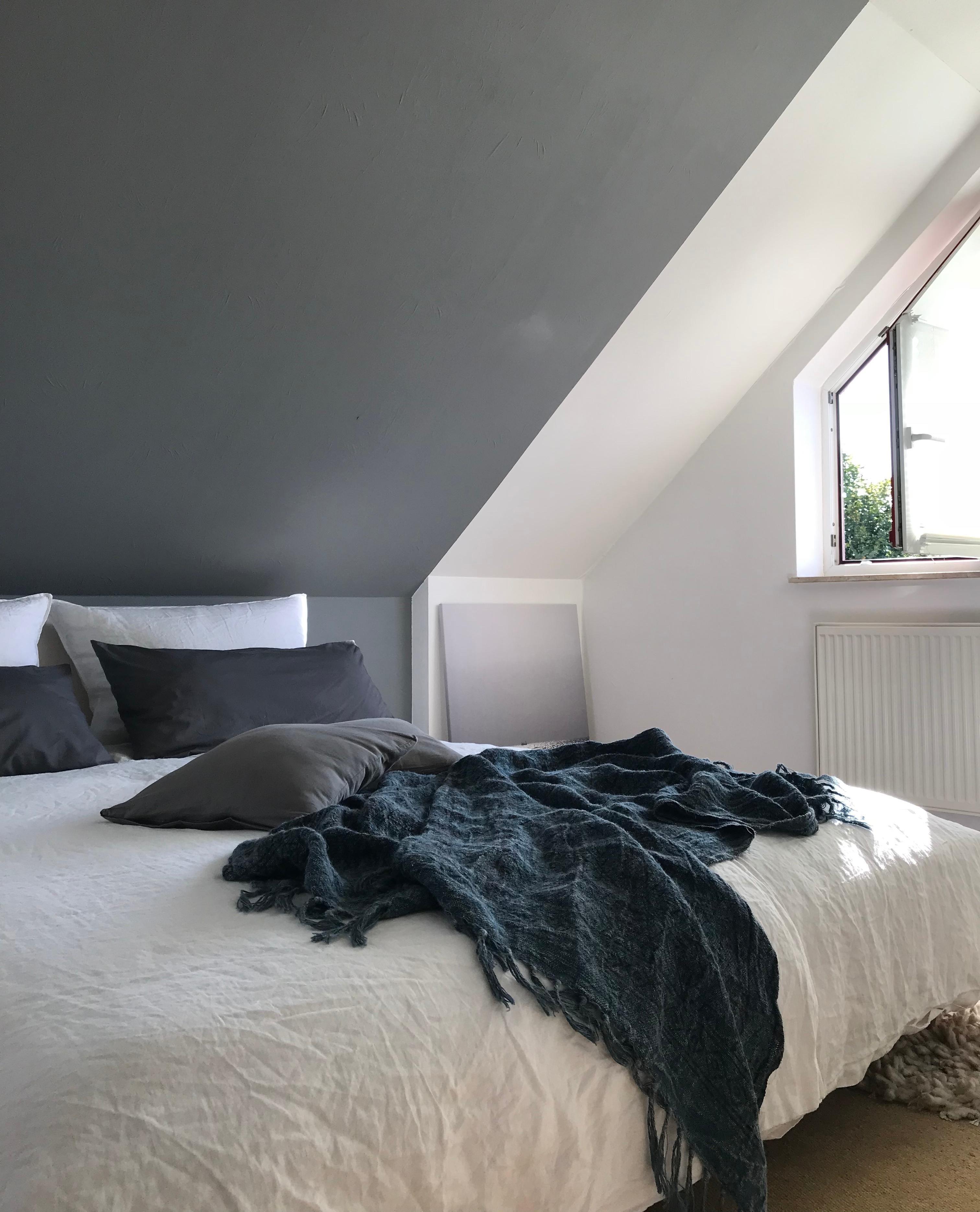 Sunday ☀️ schlafzimmer dachschräge Wandfarbe Lei