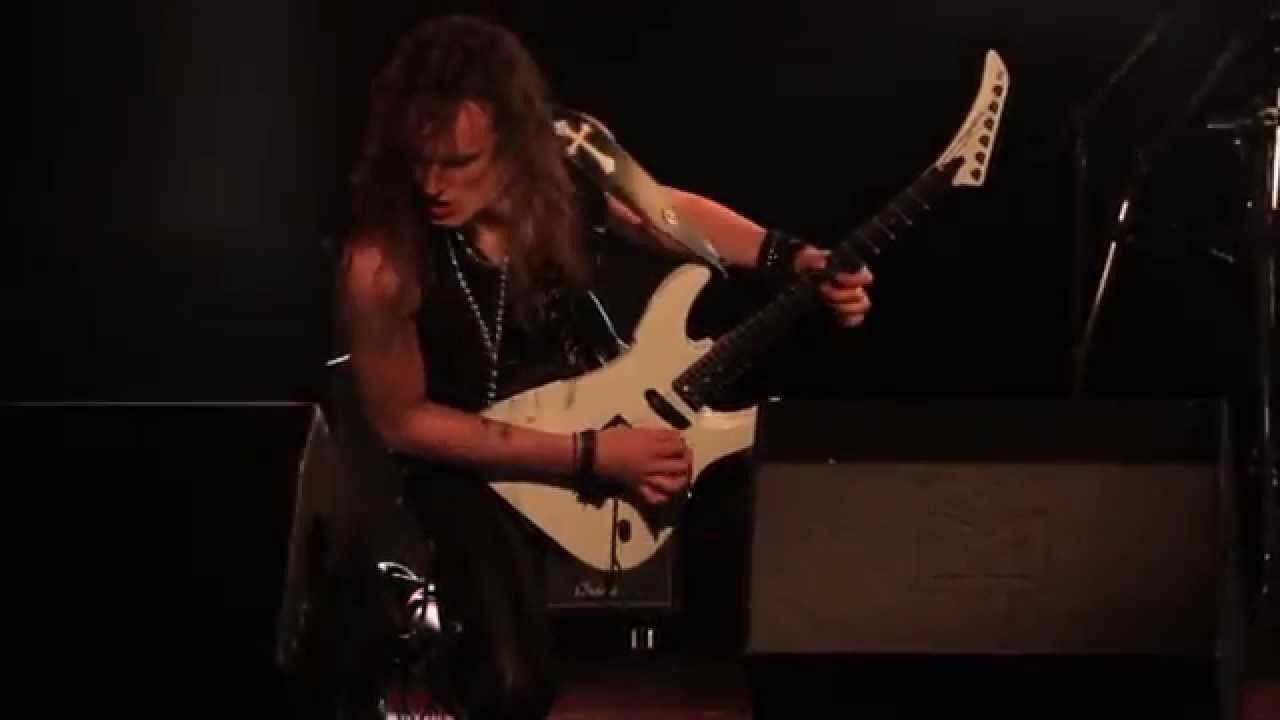 Existance Slaughter Official Video Van Halen Chanteur Nevers