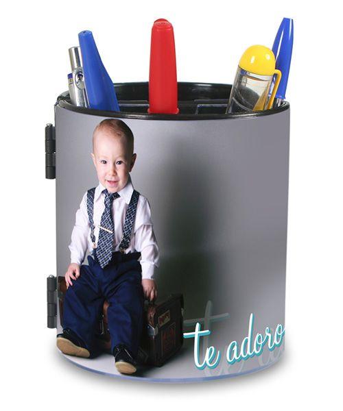 Porta Caneta Personalizado R$29.90 - ZAS Estúdio - Personalize a sua também em: www.zasestudio.com.br