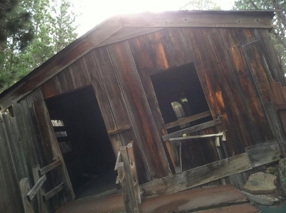 17 Mystery House And Geode Mine Cosmos Mystery Area House Grand Tetons Cosmos
