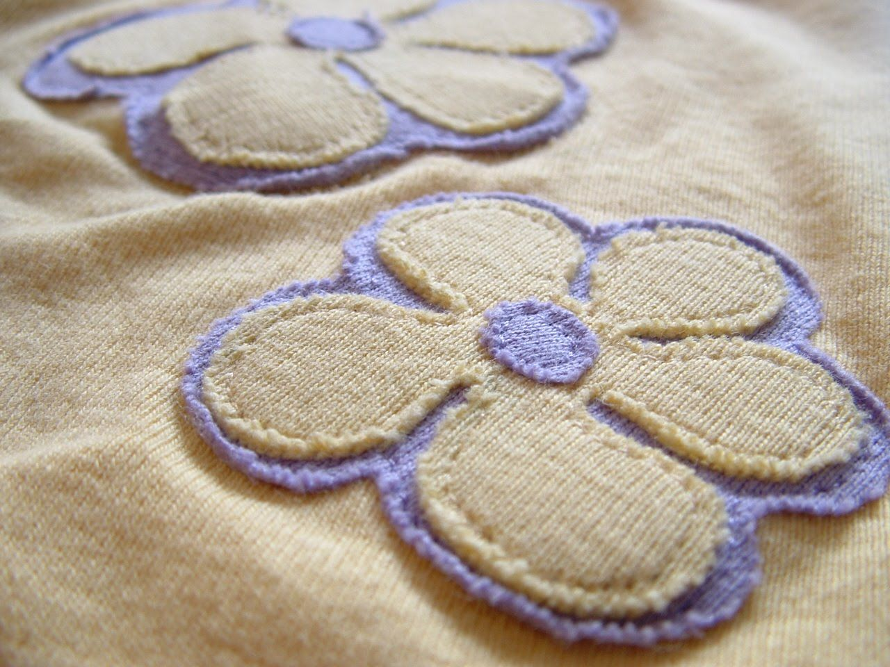 Pieces by polly: fun flower applique with printable pattern sewing