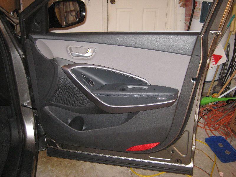 2013 2016 Hyundai Santa Fe Interior Door Panel Removal Guide 001