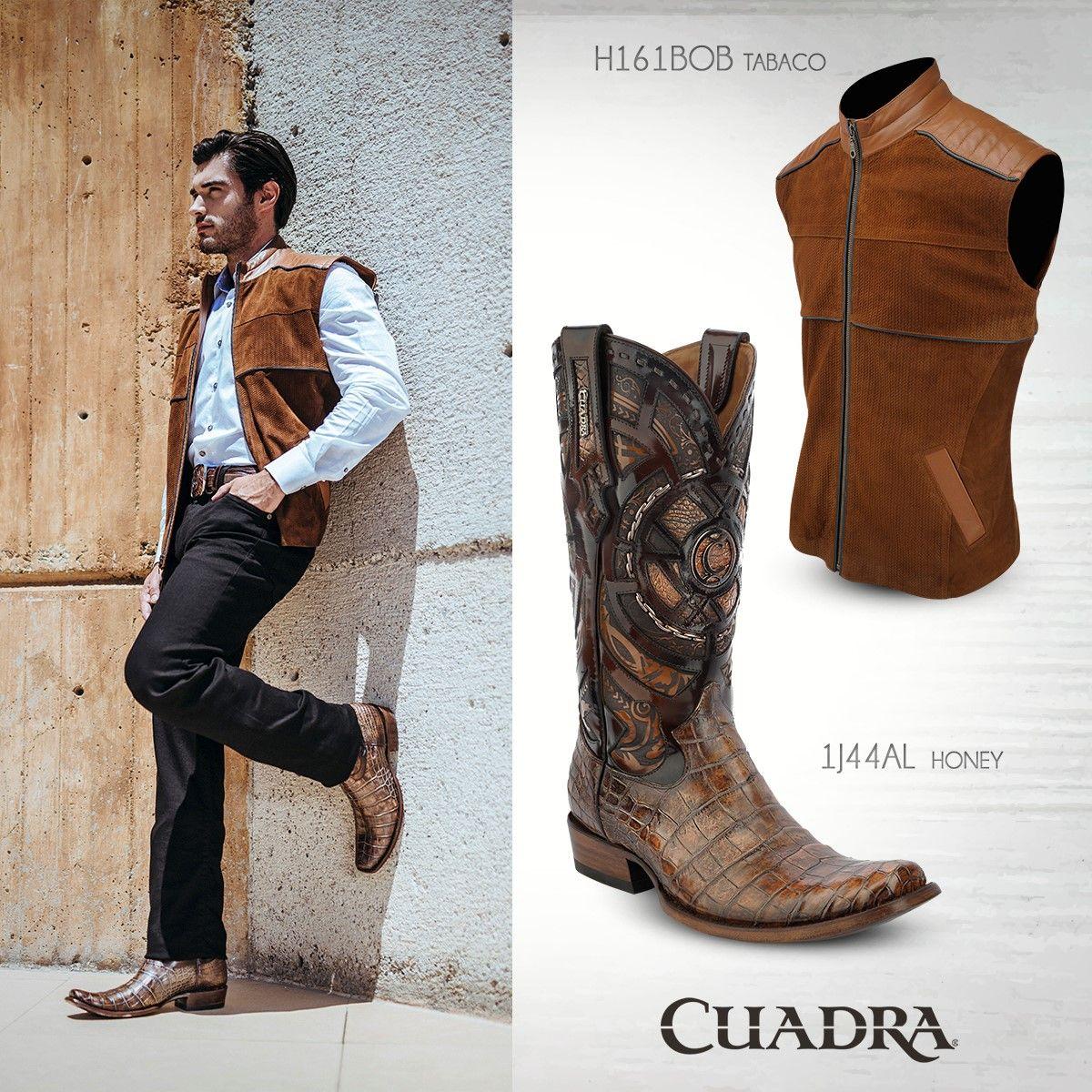 6e0db652265 Perfección de pies a cabeza.  CUADRA  Boots  Botas  Chaleco  Leather ...