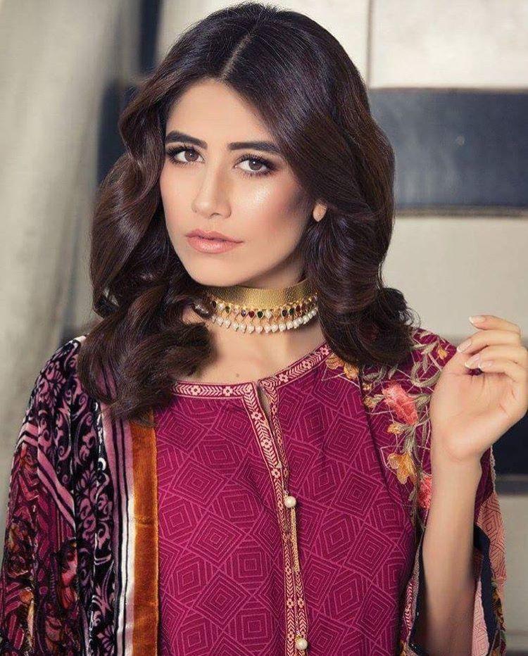 Pin by Sana on Mahira️ ️ | Mahira khan, Pakistani actress