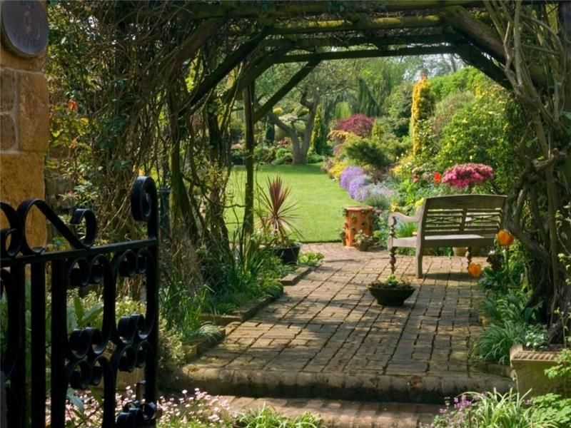 Merveilleux English Cottage Garden Pergola | ... English Countryside Fairytale Cottages  With English Country Gardens