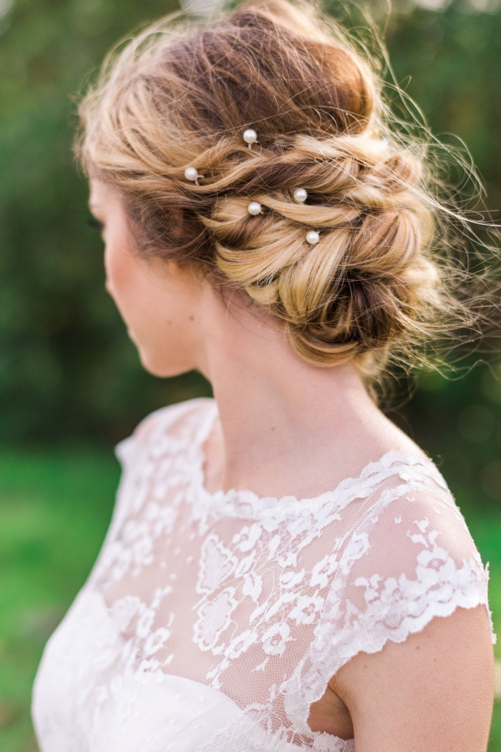 obsessed with this hairstyle! | pearl bobby pins| bridal