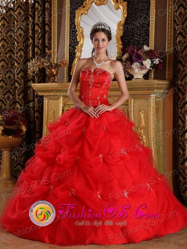 dc42331cc24 Tepic Mexico Customize Red Pick-ups and Appliques Strapless Quinceanera  Dress With Tulle Skirt For Sweet 16 Style QDZY139FOR