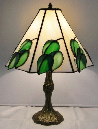 Stained Glass 7 Panel Lamp Shade With 3d Leaves In Green And White Stained Glass Lamp Shades Stained Glass Lamps Glass Lamp Shade