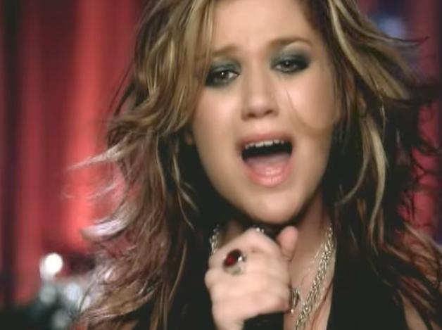 28 Songs 00s Girls Still Know By Heart After Break Up Kelly Clarkson Breakup