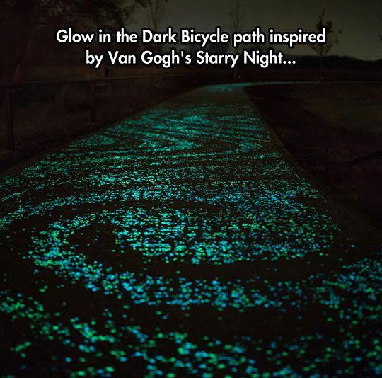 Starry Bicycle Path Greatness 本棚 照明 絶景
