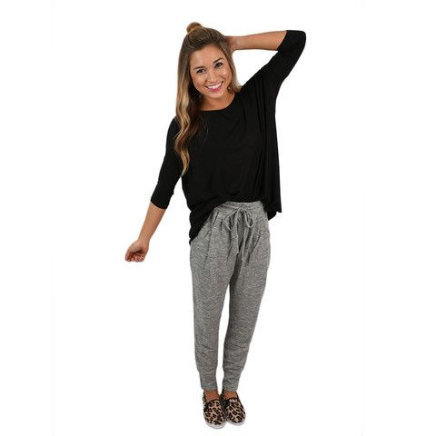 Every girl needs a pair of cute sweatpants for lazy days! The zipper pockets add an edgy flair that makes them so fun!