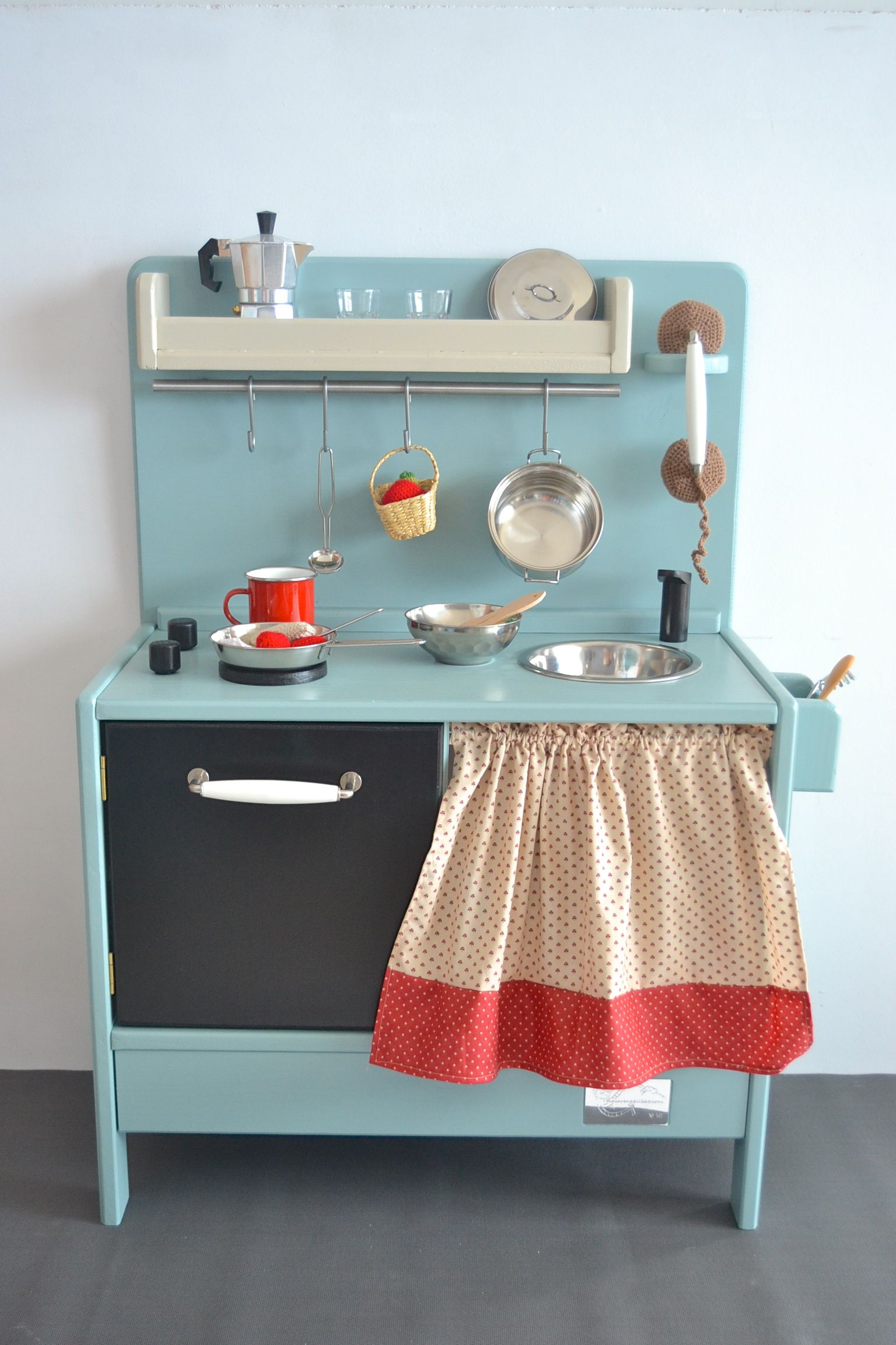 Wooden Toy Kitchen. Personalized model | Living with children ...