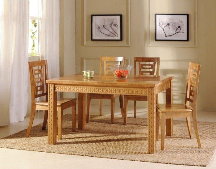 Esszimmer Einrichten Esstisch Stühle Helles Holz Sisalteppich Weiße Vorhänge