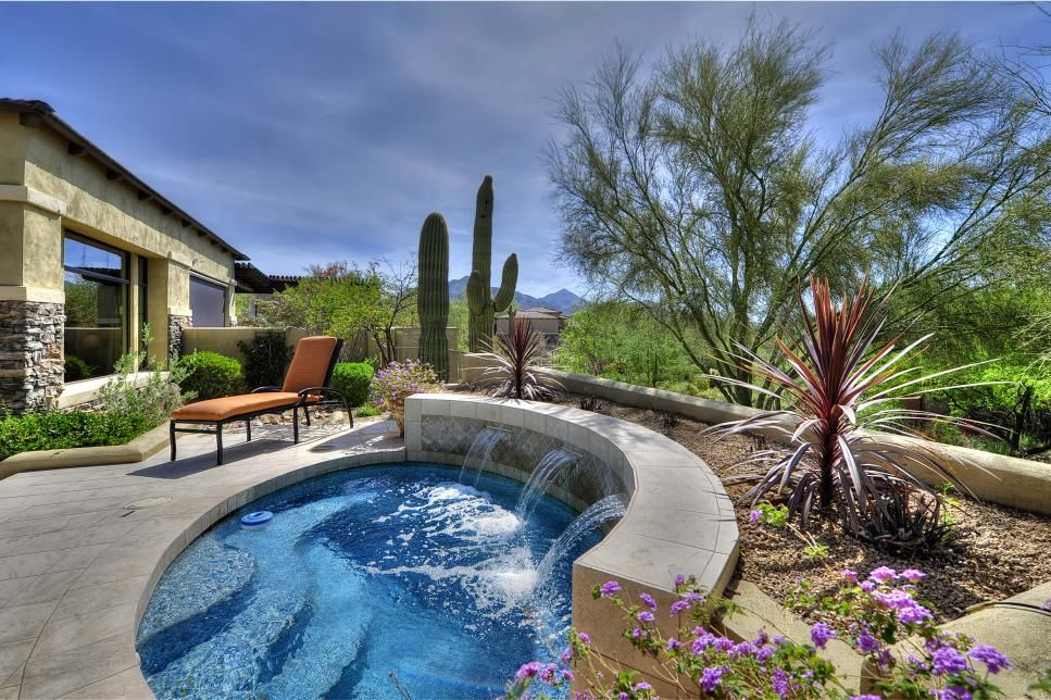 Amazing Swimming Pool Fountains Small Pool Design Small Backyard Pools Swimming Pools Backyard