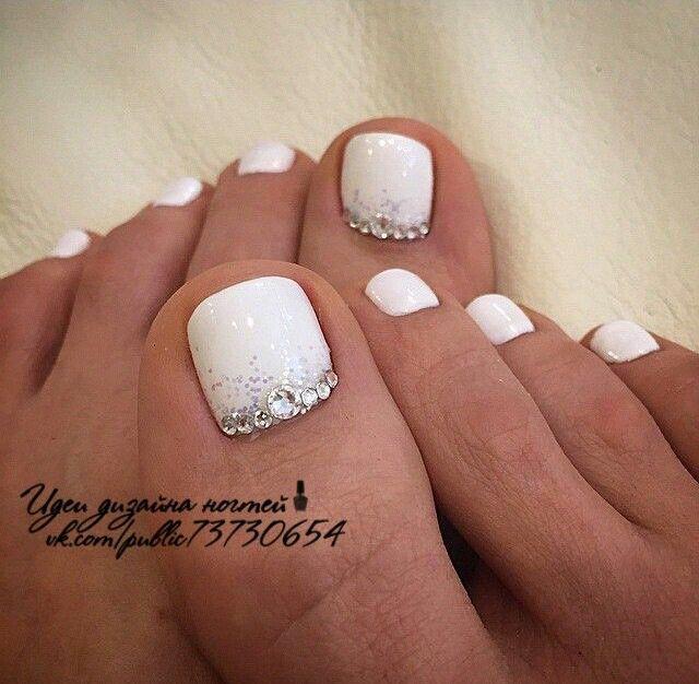 White And Simple Glitter And Rhinestones Bride Nails Toe Nails Bridal Nails