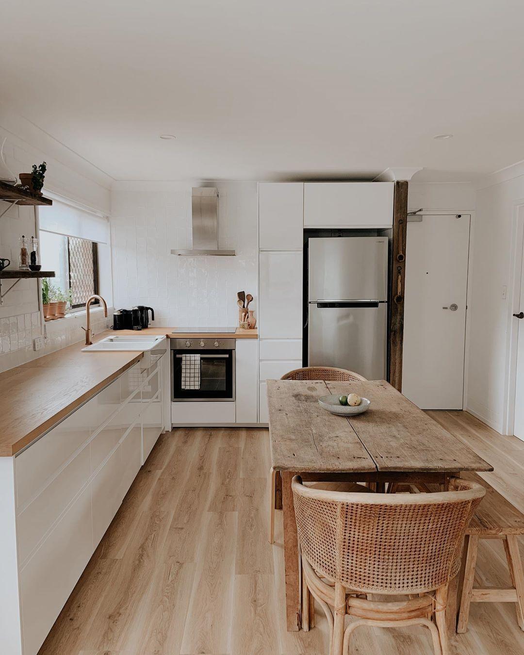 "Our Little Beachflat on Instagram: ""KITCHEN 〰️ Kitchen reno complete! #kitchenreno #reno #beachflat #kingscliff #home #diy #husbandandwifeteam #ateam"""