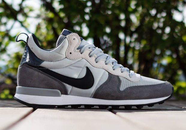 low priced d5994 4c589 Nike Internationalist Mid – Light Ash Grey   Black - Google Search
