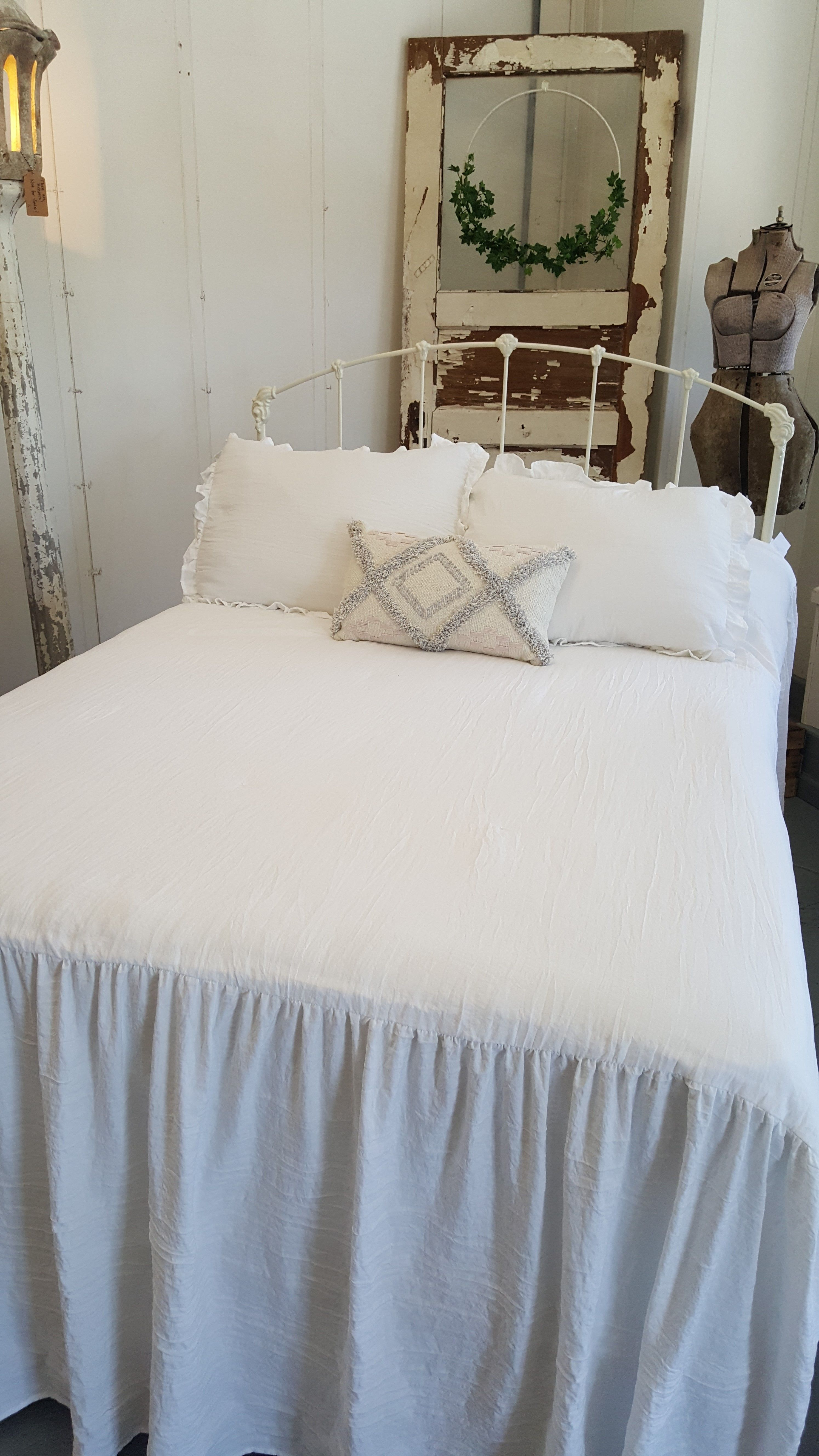 Farmhouse Style Bedroom W An Old Iron Bed Painted A Soft