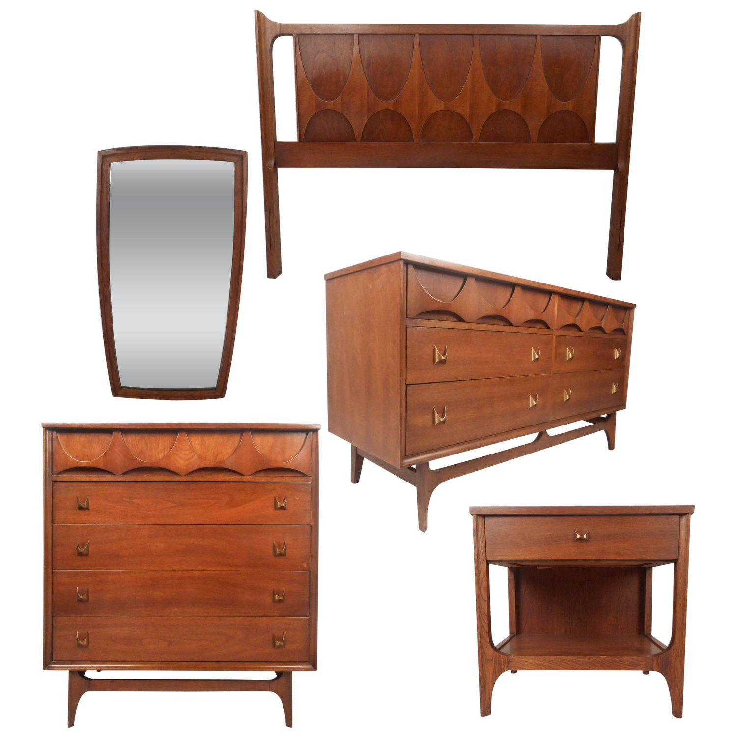 Impressive Mid Century Modern Walnut Bed Room Set By Broyhill Brasilia Bedroom Sets Italian Bedroom Furniture Manufactured Home Remodel