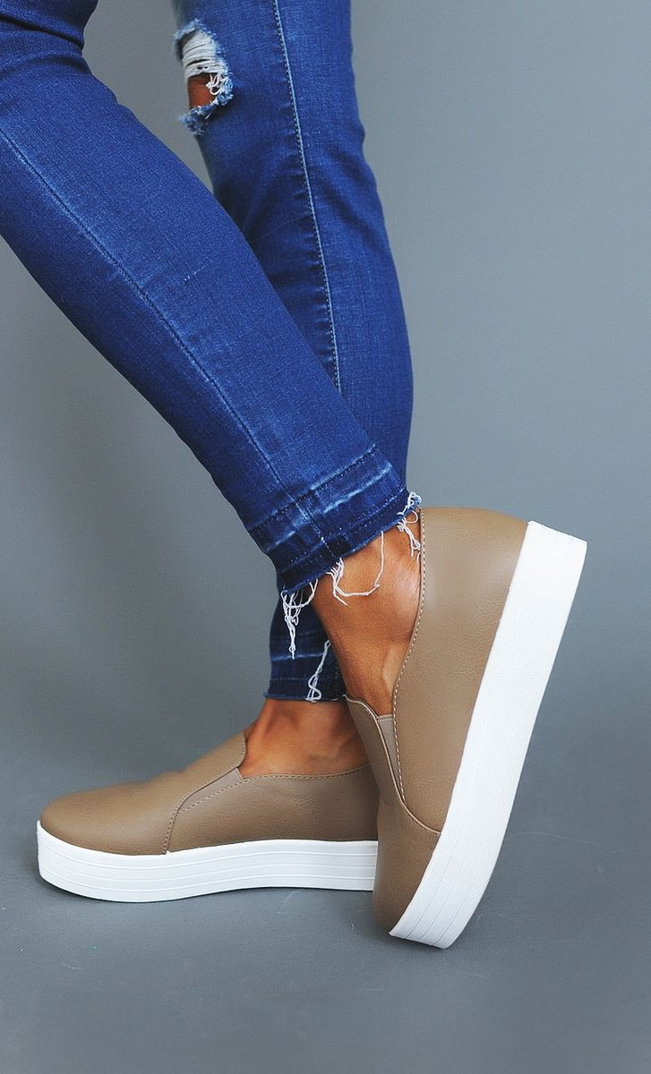 Tan Stacked Tennis Shoes - Dottie Couture Boutique