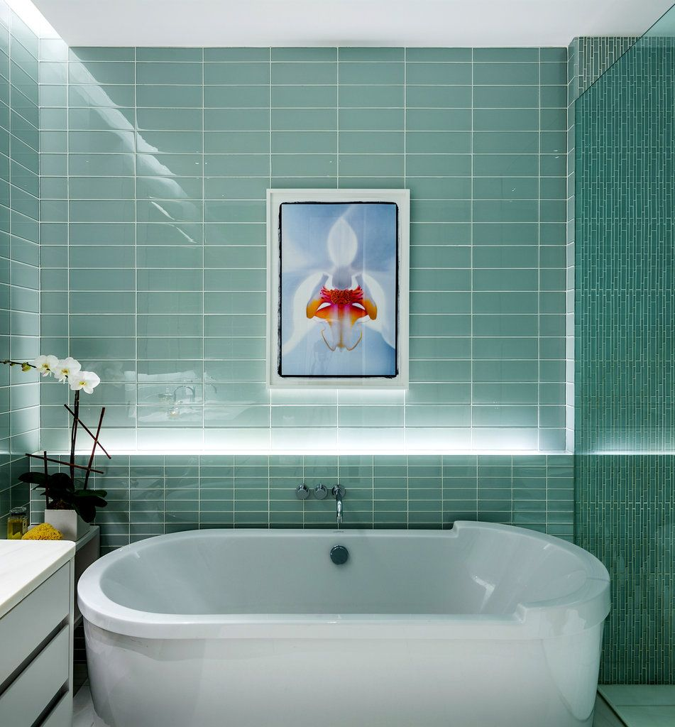 Using Bold Colors In The Bathroom: Interior Design - Bold Colors For The Home