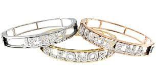 selezione più recente rilasciare informazioni su varietà di design Risultati immagini per braccialetto con nome di Elisabetta ...