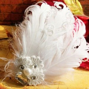Feather and Pearl Hair Accessory