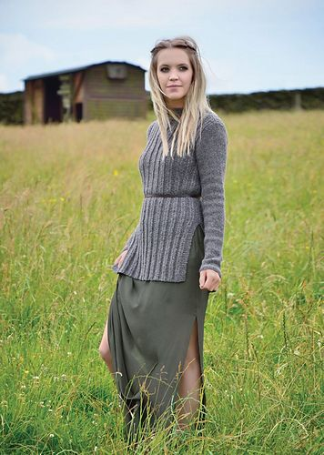 Slim Tunic With Deep Side Vents. - Post