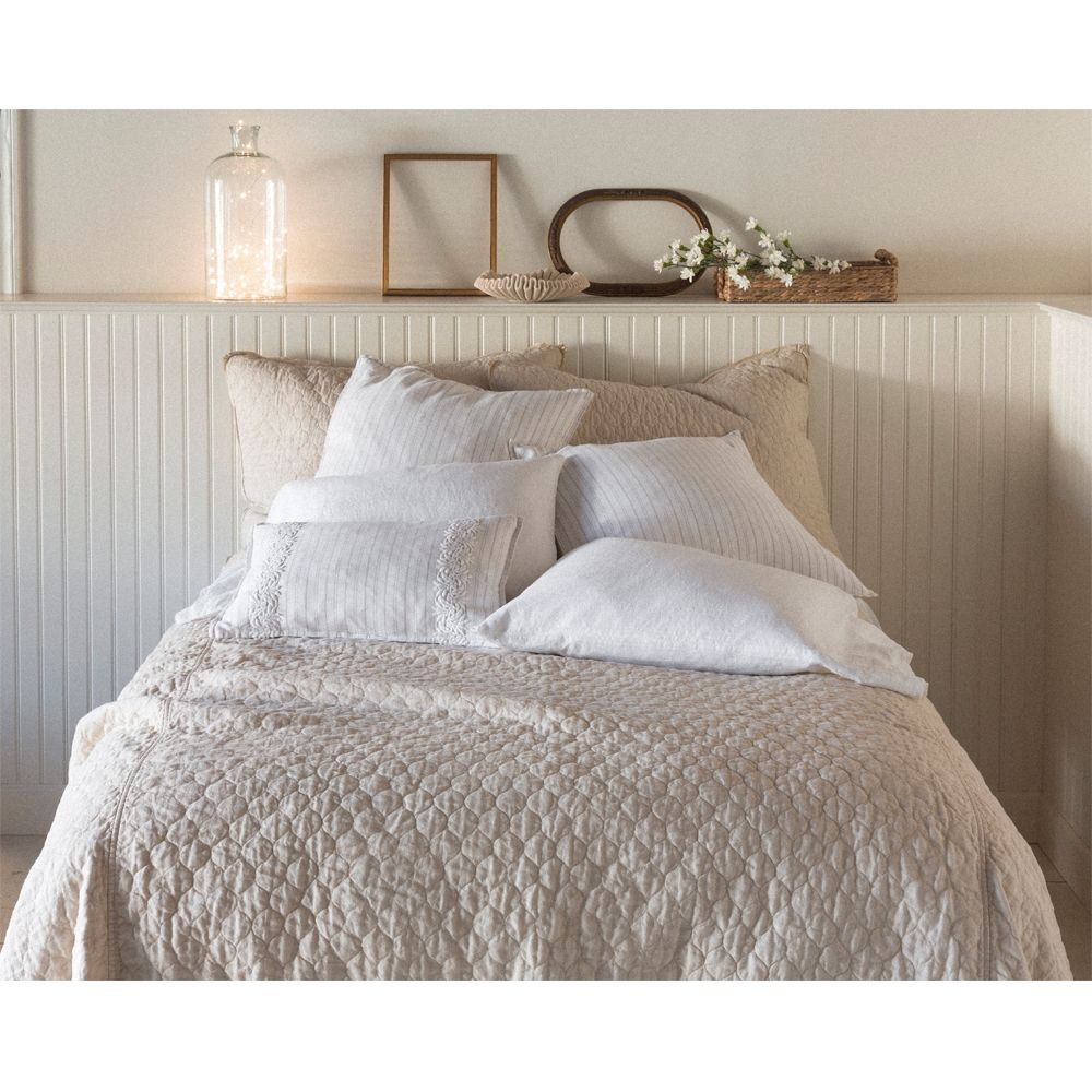 Bella Notte June Coverlet JUN26 Luxury bedding, Bella