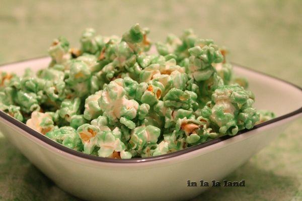 How to dye microwave popcorn