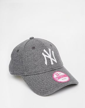 New Era 9Forty New York Yankees Cap  530e71a74fd3