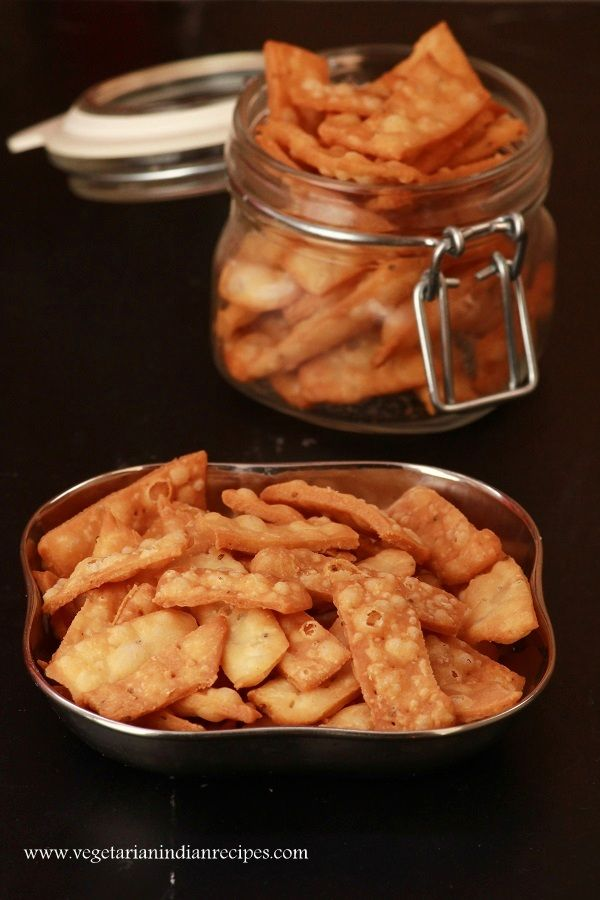 Namak pare tasty and easy to make snack recipe indianfood food indian food recipes forumfinder Images