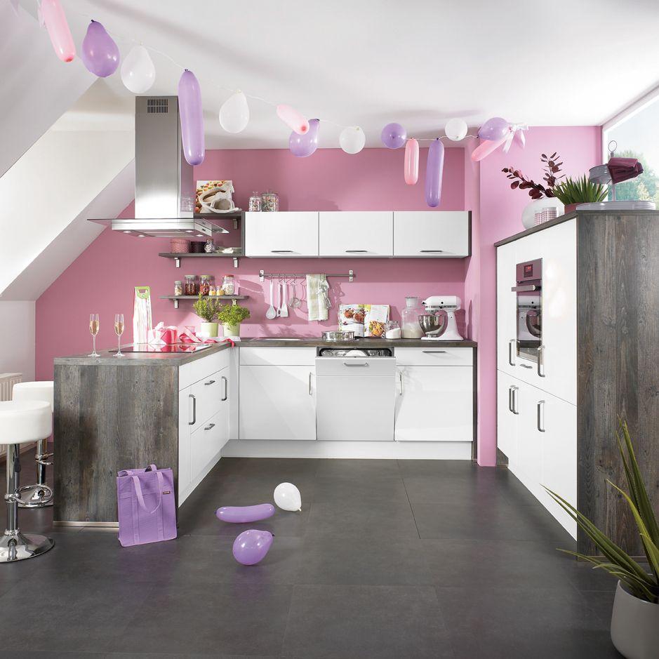 Küchenparty in der Candyküche. Praktisch: der Tresen für den kleinen ...