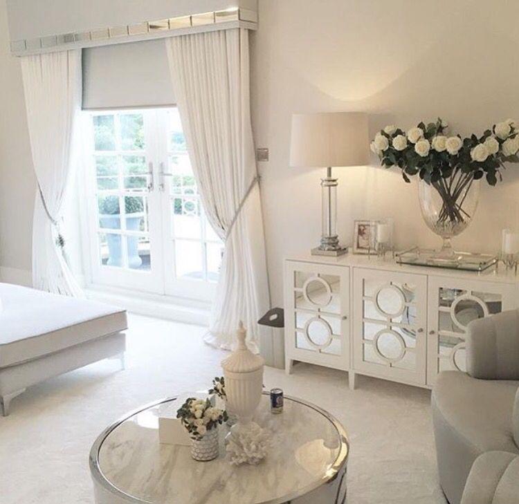Love the white makes everything look so clean Bedroom Pinterest - decoracion de cuartos