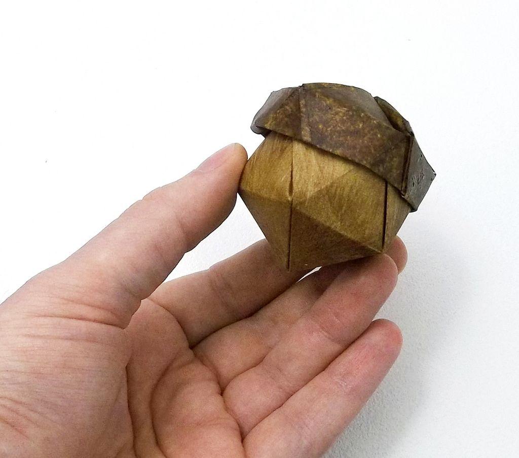 Beth Moore Johnsons Acorn Origami Oragami Video Diagram Quotswan Quyetquot Chinese Paper Folding