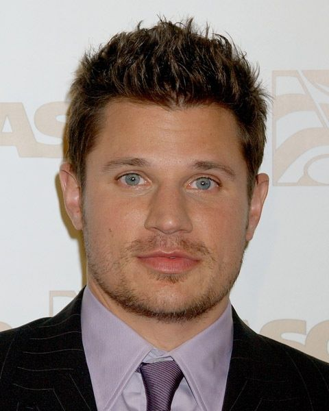 Man Hairstyle For Round Face Awesome Men Hairstyle For Round Face  Stylendesigns  Hair