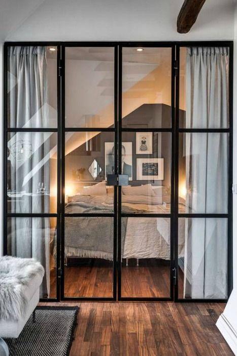Ventanas interiores de forja  Arquitectura y diseo  Casa oscura Decoracin de unas y Puertas de Vidrio