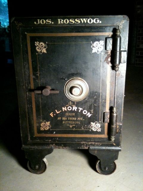 Antique Safe Door Google Search Antique Safe Antiques Floor Safe