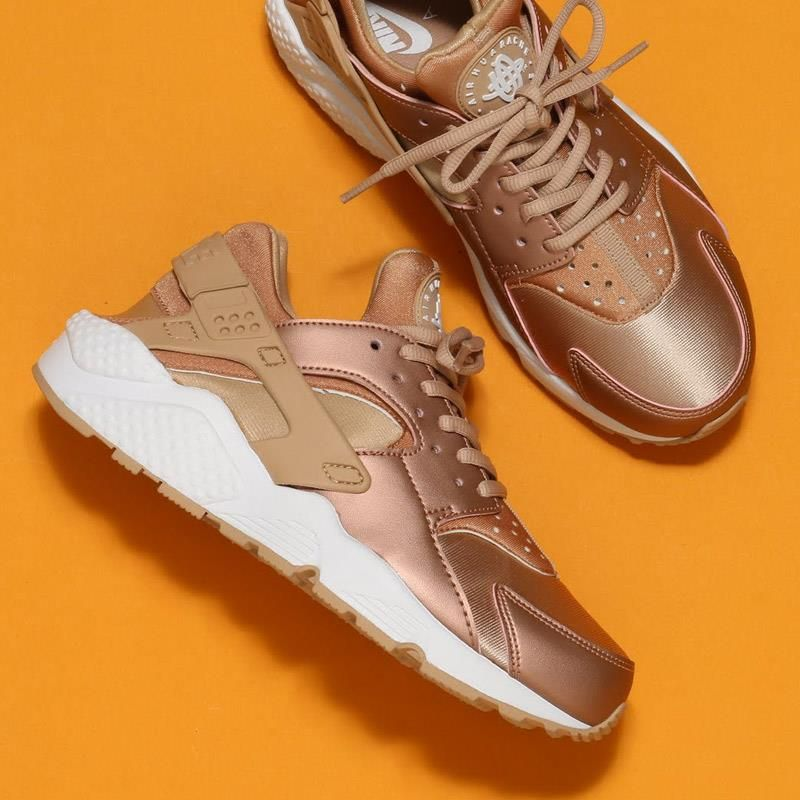 Get Yours In Rose Huarache Air Nike Edition Store Special Gold Now TZYBwSq