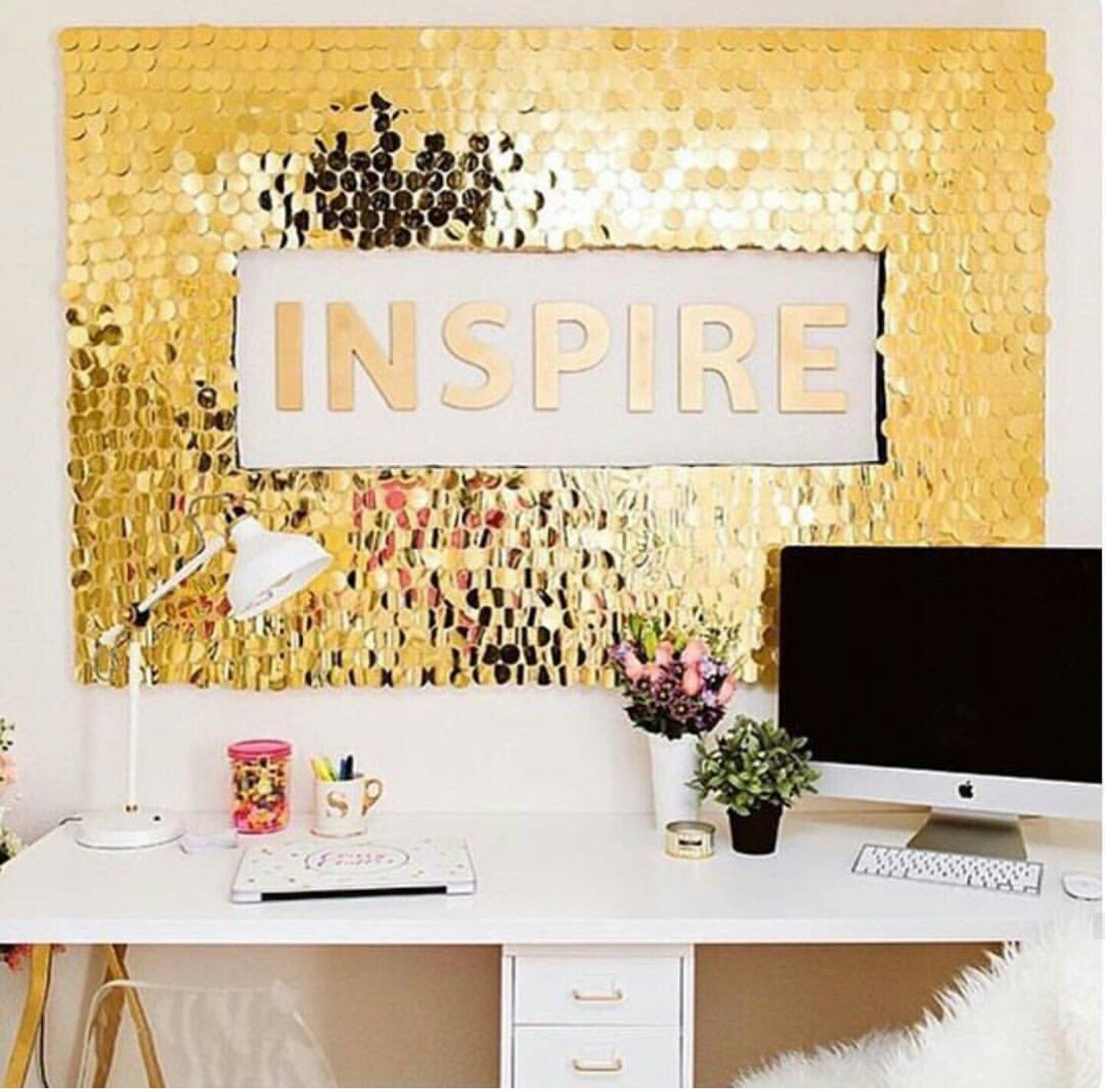 Gold inspire board | Office | Pinterest