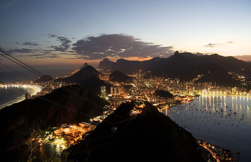 Rio de Janeiro night.jpg - Wikipedia, the free encyclopedia