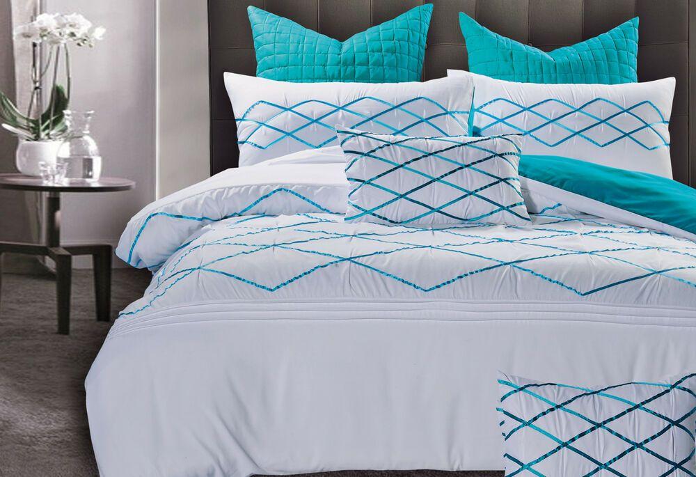 A 3pcs Quilt Cover Set Includes One Duvet Cover Quilt Cover Plus Two Australian Standard Pillowcases 48x73cm Blue Quilt Covers Quilt Cover Sets Quilt Cover