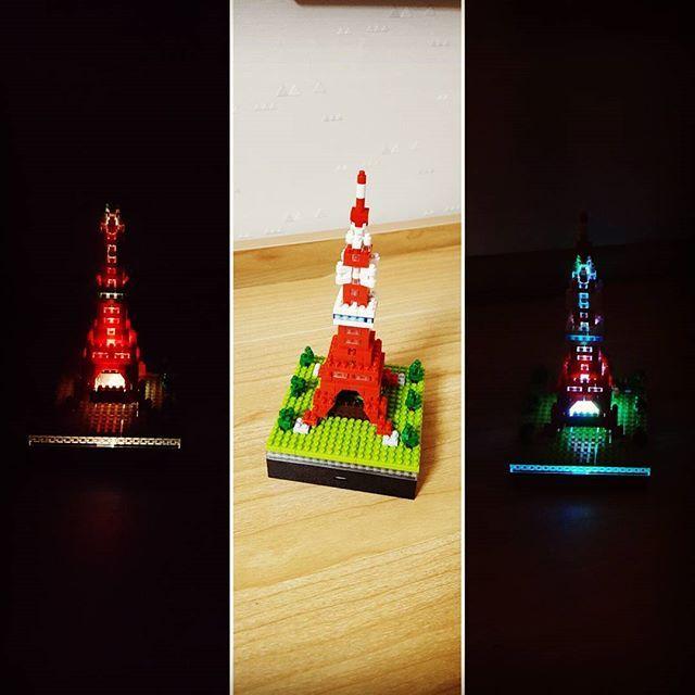 東京タワー🗼 LDEプレートで色んな色にライトアップ♪  暇なときにでも。。。。 と思って作らずに居るつもりだったのに、甥っ子にせがまれ超特急で組立そして完成(笑)  #甥っ子に弱い #おばさん #東京タワー #誕生日プレゼント #nanoblock #ナノブロック