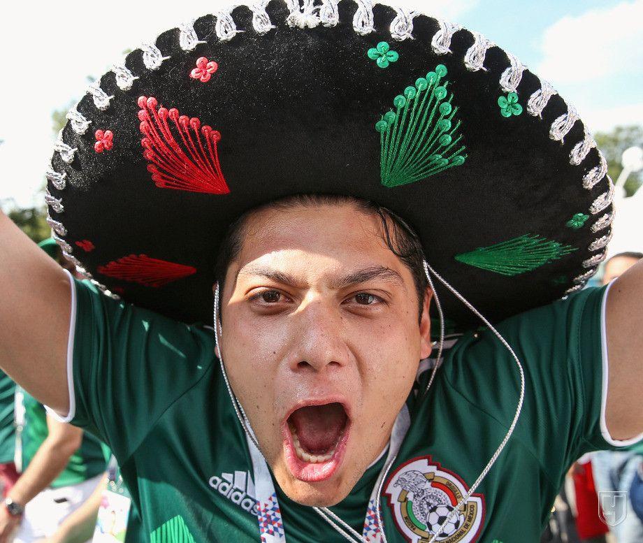мексиканцы колоритные фото рубашка данном
