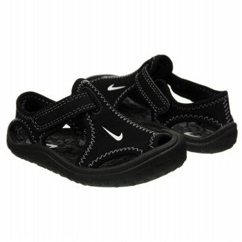 cb288d02f Give them warm weather comfort and style in the Nike Sunray Protect sandals.