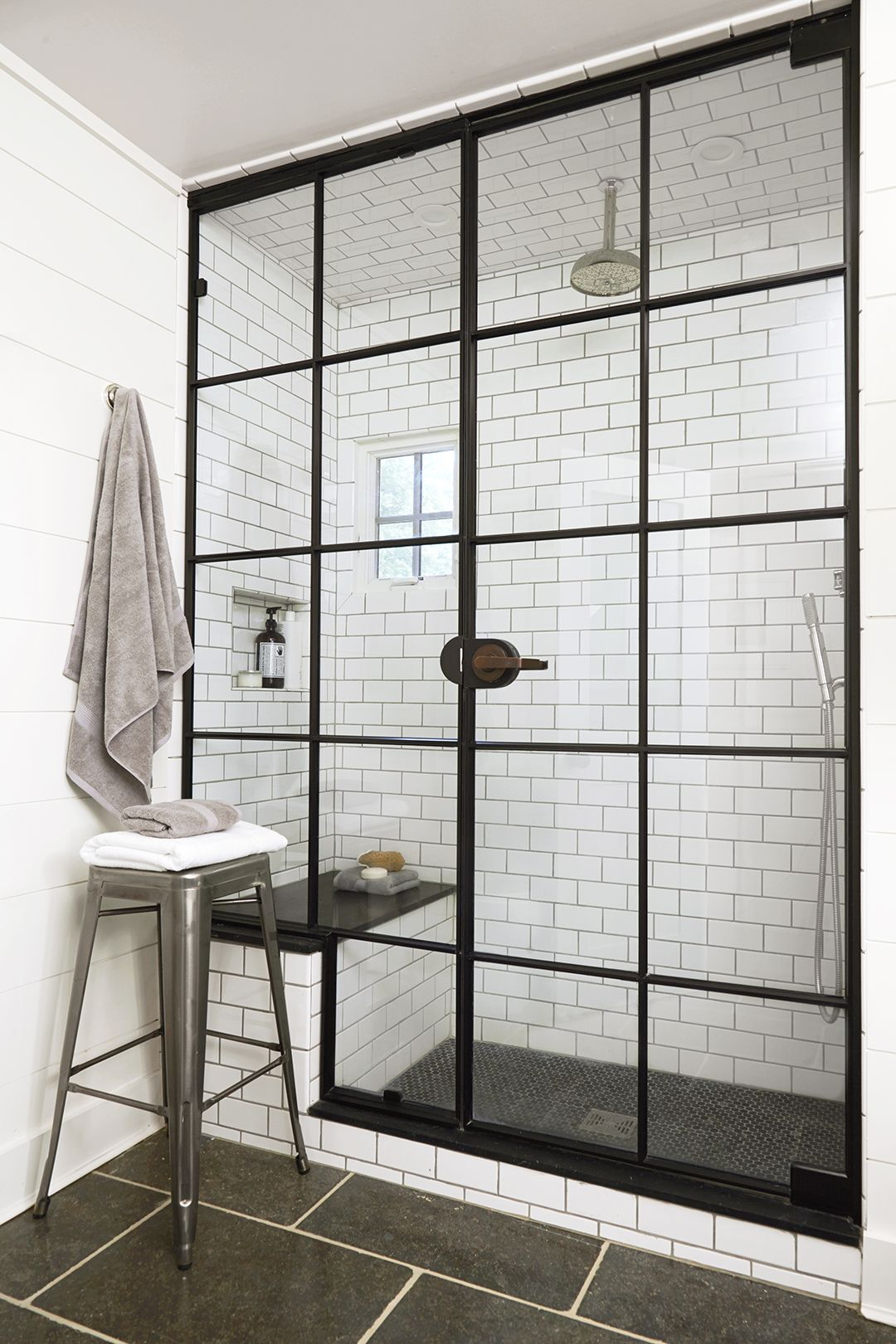 7 brilliant tips to make your glass shower doors sparkle