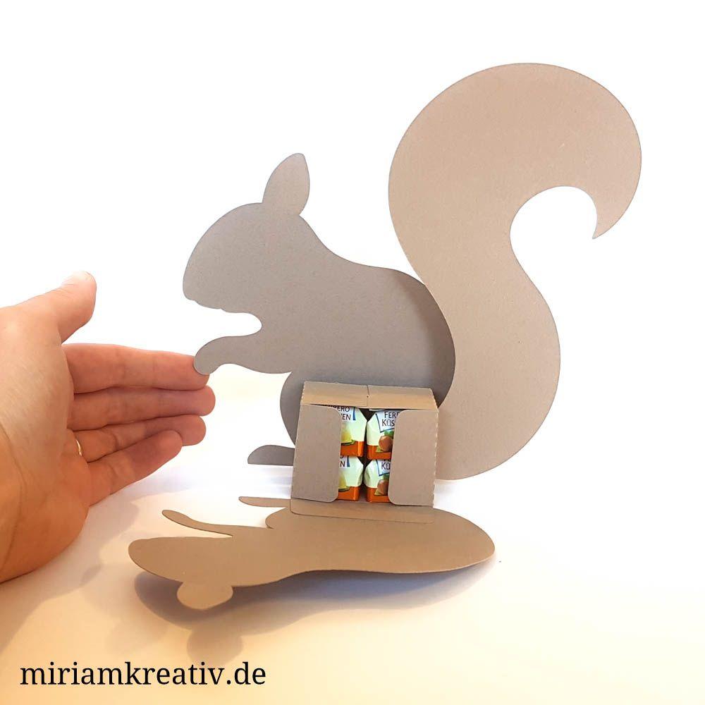 Küsschen-Eichhörnchen   Pinterest   Silhouettes, Cricut and Crafty