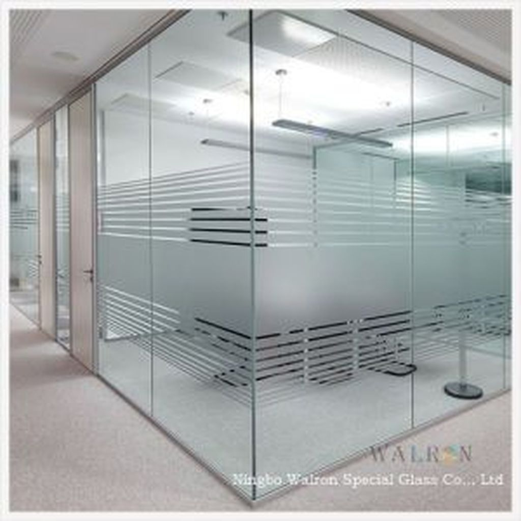 40 Chic Glass Partition Design Ideas For Your Living Room Glass Wall Design Glass Office Partitions Glass Office Doors