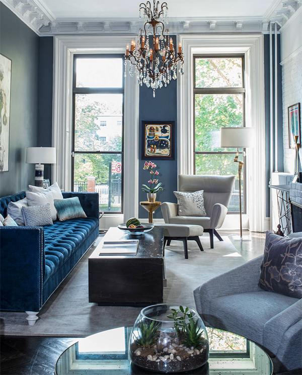 Beautiful Eclectic Style All Blue Living Room Decor With Blue Velvet Tufted Sofa And Blue Living Room Decor Blue Sofas Living Room Blue Velvet Sofa Living Room