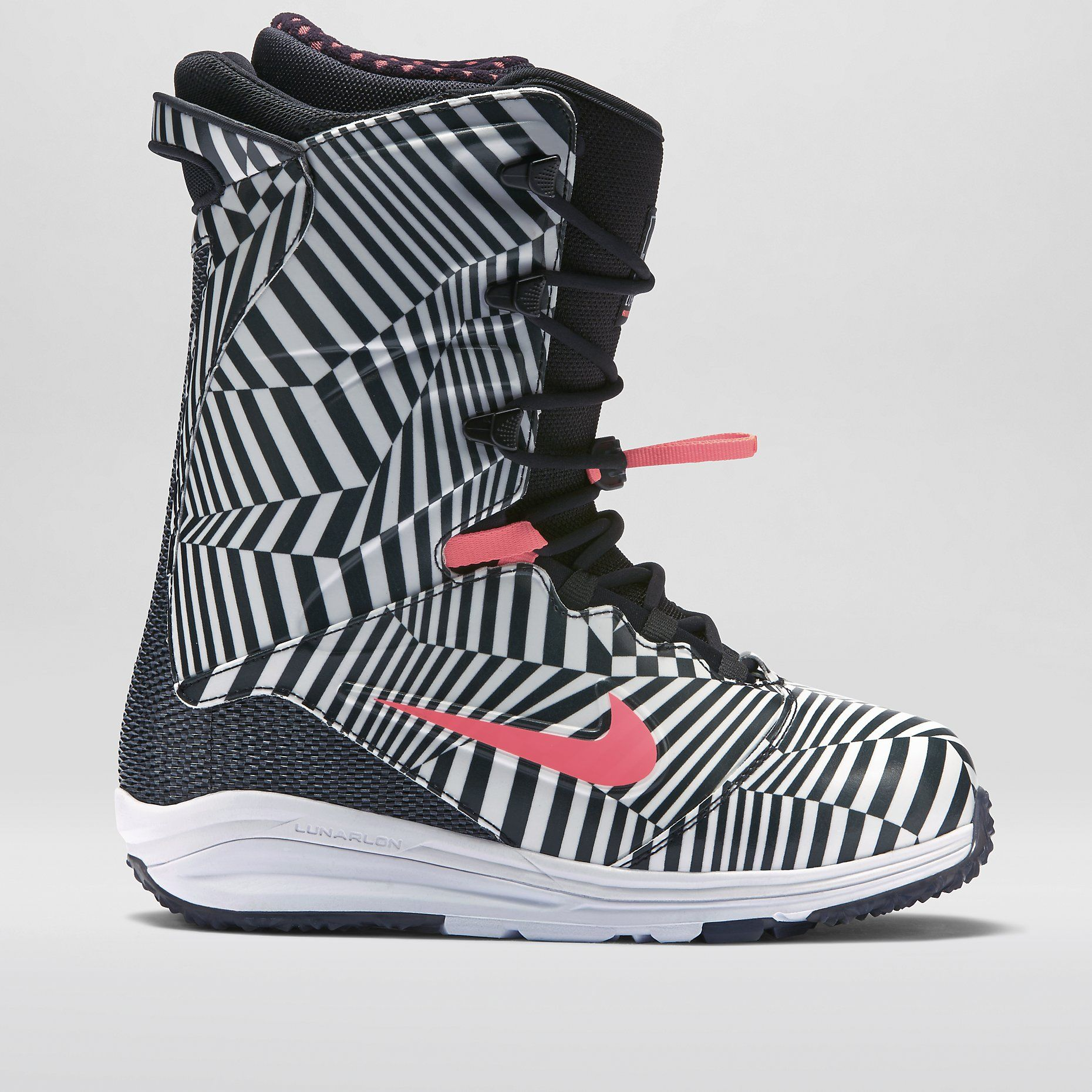 new products c9e9f b833a Nike LunarEndor QS Men s Snowboarding Boot. Nike Store